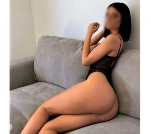 Chantale fitness escorts in Sainte-Sophie, QC