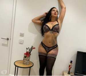Kayana escort girls in Matteson